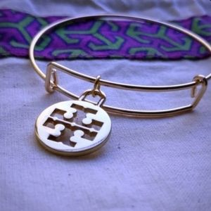 Tory Burch Large Logo Charm Bangle Bracelet New